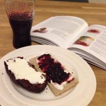 T -6: Ontbijt met bietensap en chocoladebietencake