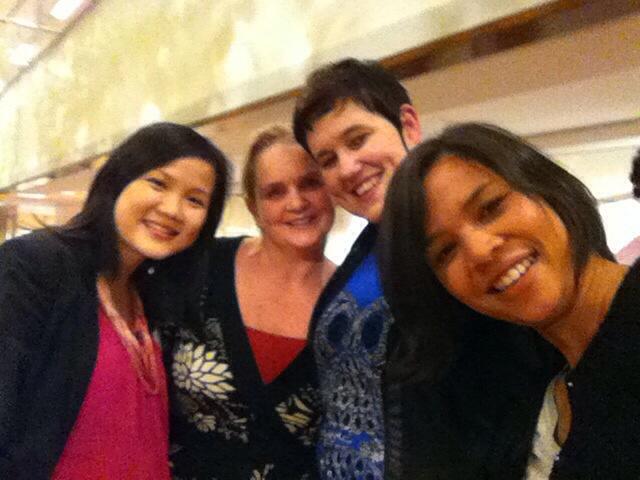 Ploum stijl selfie met Anita, Caroline en Arianne
