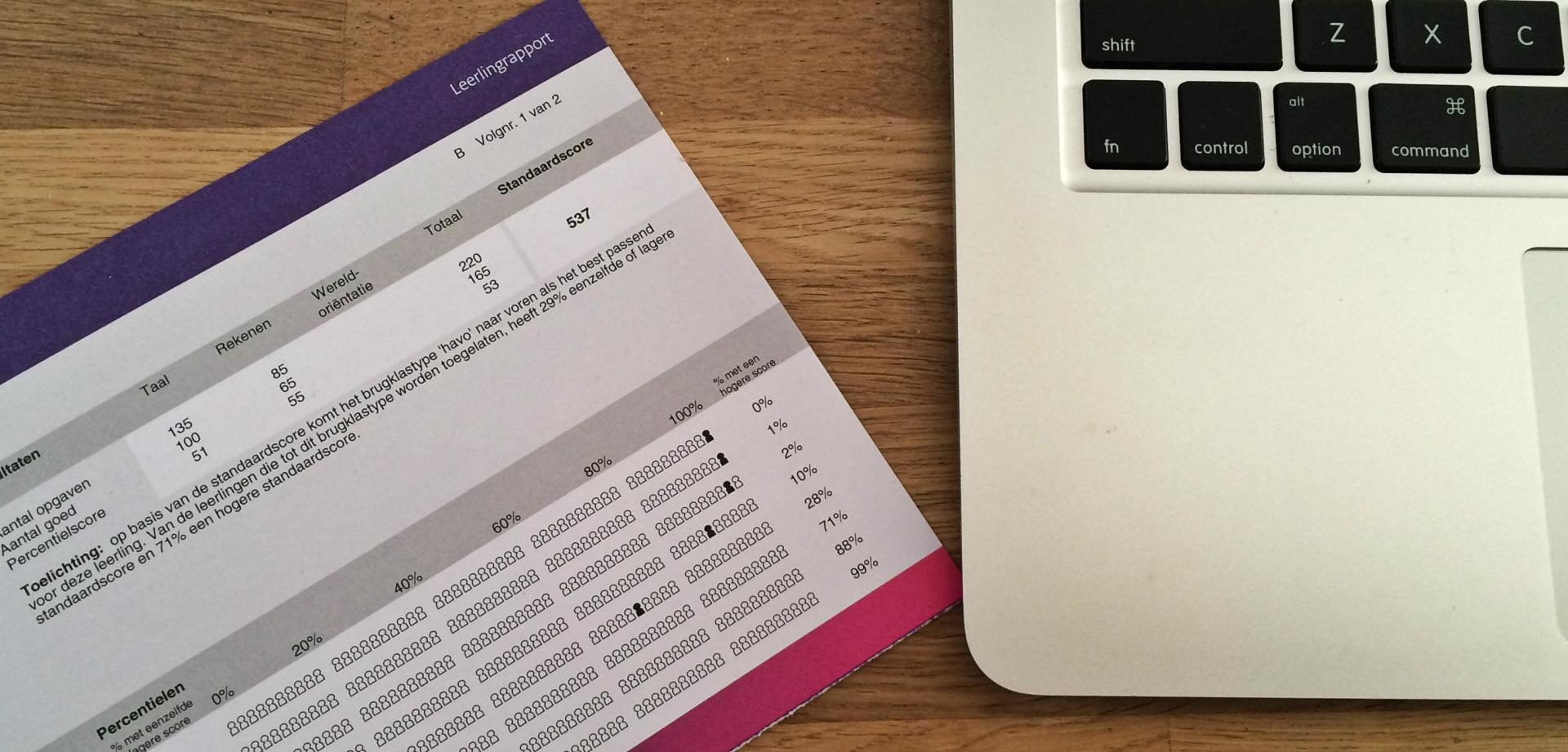 citotoetsuitslag en laptop