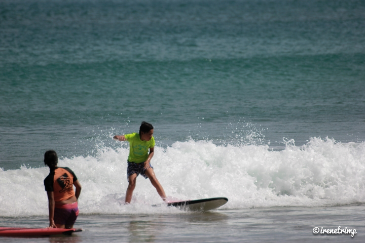 Super cool stuff your kids love to do in Costa Rica: surfing