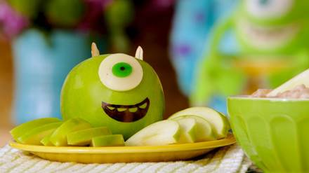 Disney-Pixar-Monsters-University-Mike-Wazowski-Apple-Snack-Party-Appetizer